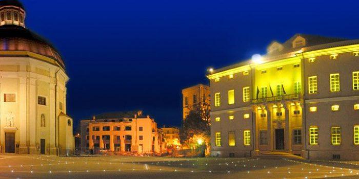 Loano piazza Municipio