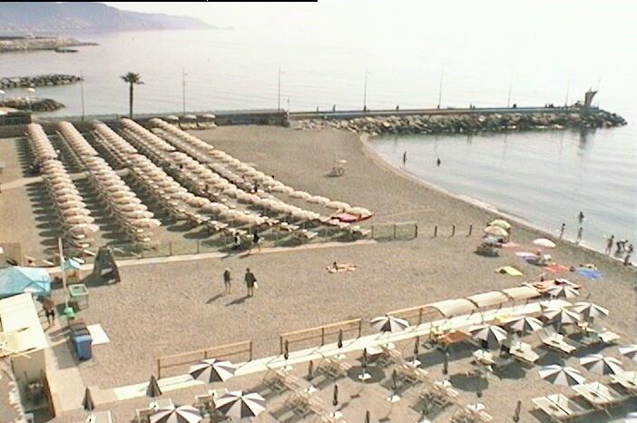 Spiaggia Loano al mattino
